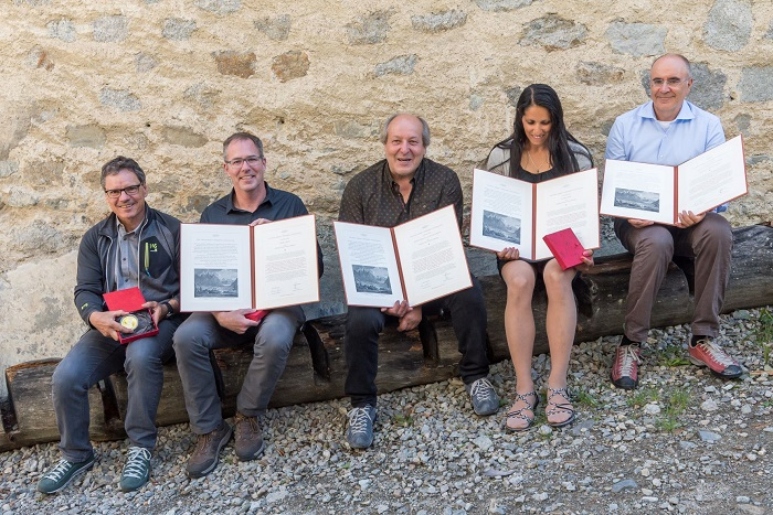 King Albert Mountain Award Prize Winners